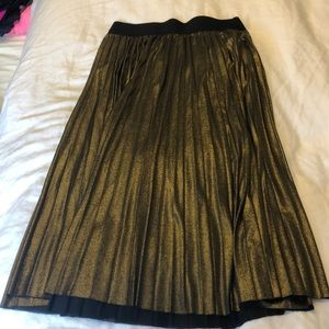 Forever21 bronze pleated skirt